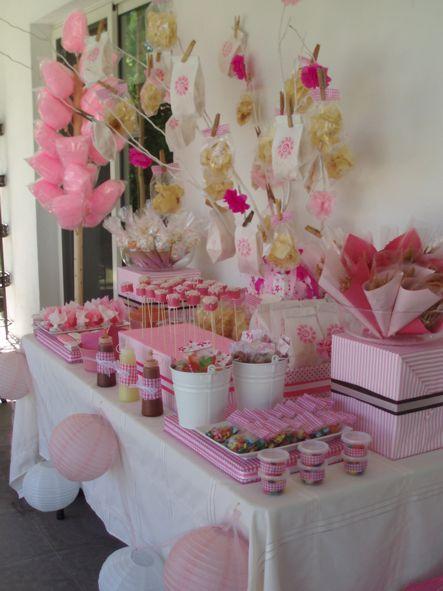 Mesa de postres dulce y salada para baby shower imagui for Como decorar mesa de postres para baby shower
