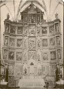 Fotos antiguas de Tembleque en los años 20 (X). El retablo de la Iglesia. escanear