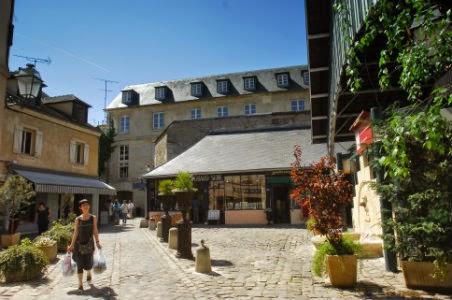 Quartier des Antiquaires - Versailles