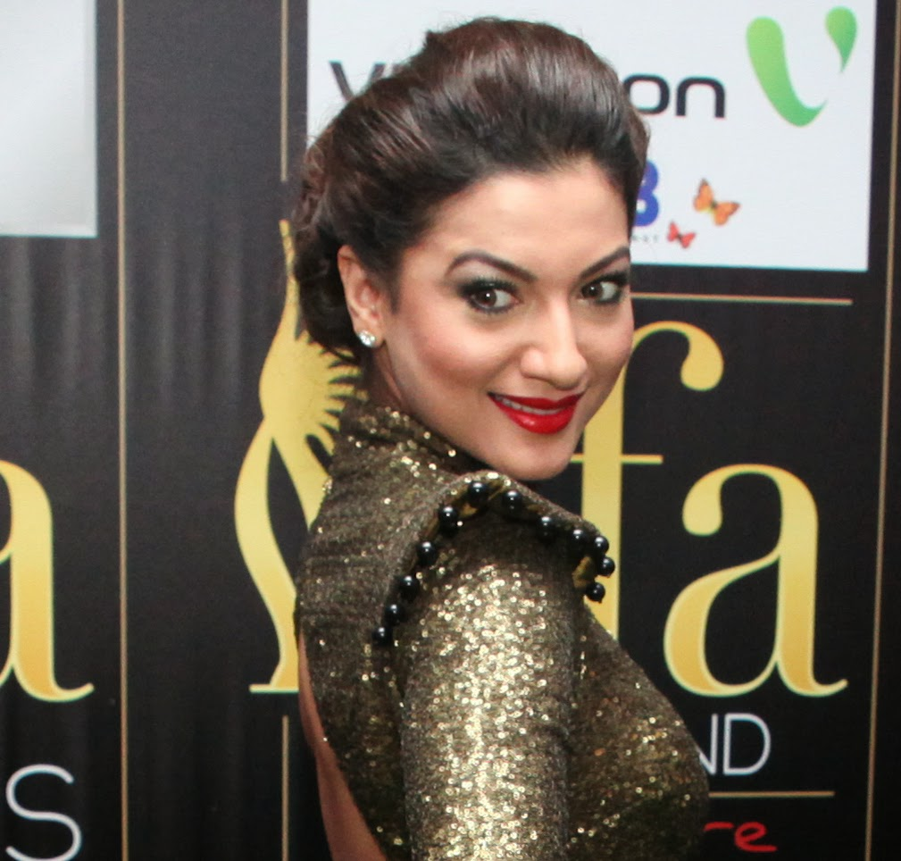 Gauhar Khan Wallpapers