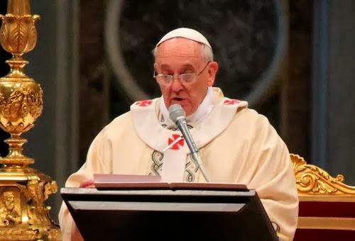Vigilar el corazón para distinguir lo que sí viene de Dios, exhorta el Papa