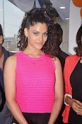 Rey Heroine Saiyami Kher Photos in Pink Top-thumbnail-2