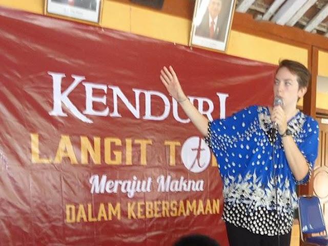 Bridget Ginty, akui warga Indonesia lebih kuat memegang kebudayaan tradisionalnya