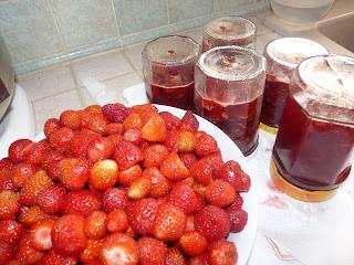 Blog de passioncuisine58 : On passe à table avec Passioncuisine, confiture de fraises