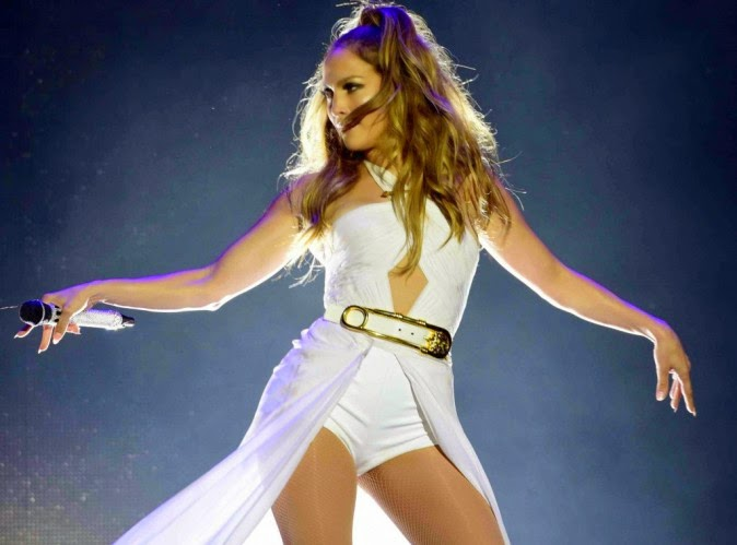 Jennifer Lopez surpasses Britney Spears on figures in the show contract