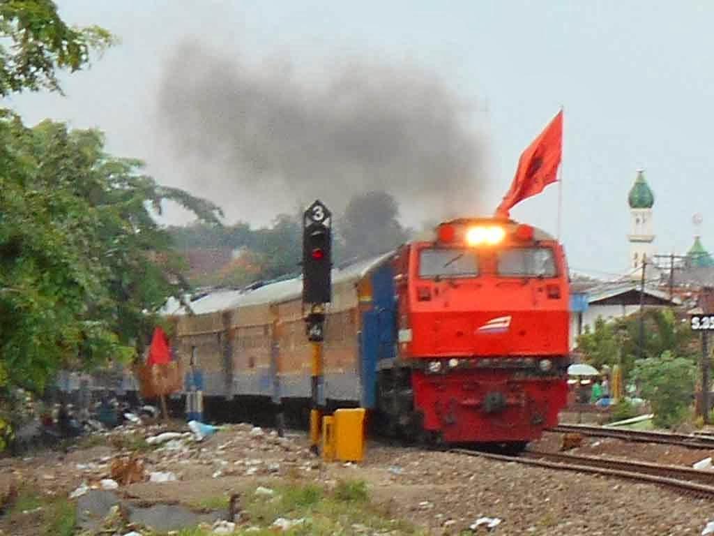 Jadwal Kereta api KRD Bojonegoro