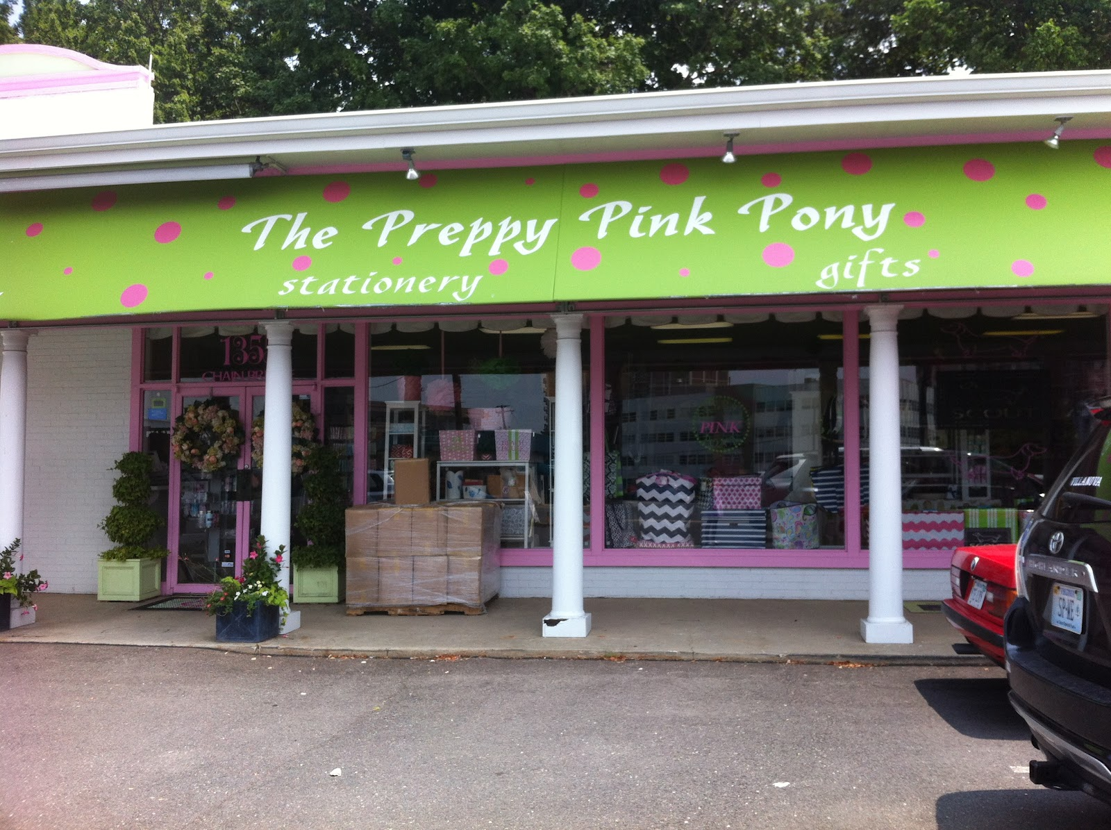 Preppy Pink Pony is located in Mc Lean, Virginia. This organization primarily operates in the Gift Shop business / industry within the Miscellaneous Retail sector. This organization has been operating for approximately 9 years.