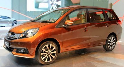 Nissan All New Grand Livina vs. Honda Mobilio