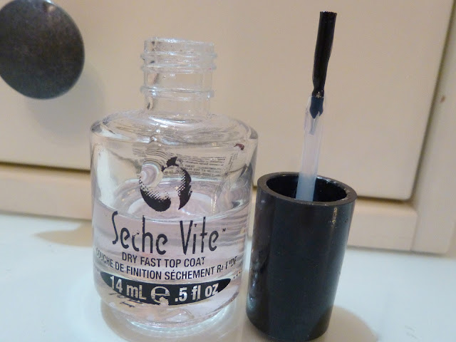 Seche Vite Dry Fast Topcoat Review