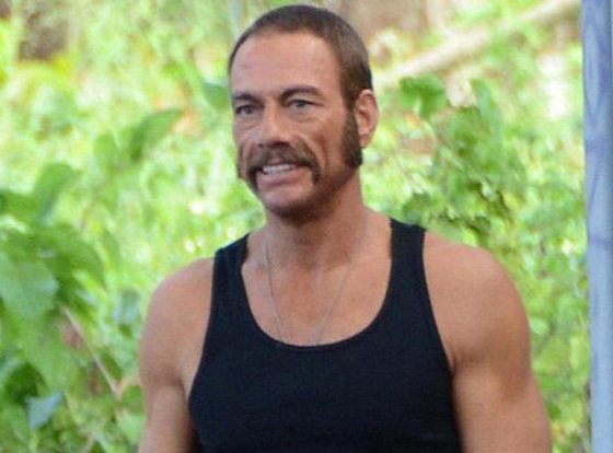 Moustaches seventies Jean Claude Van Damme, Welcome to the Jungle
