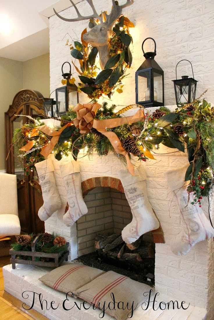 Crafty texas girls 12 ideas for christmas decorating with for A christmas decoration