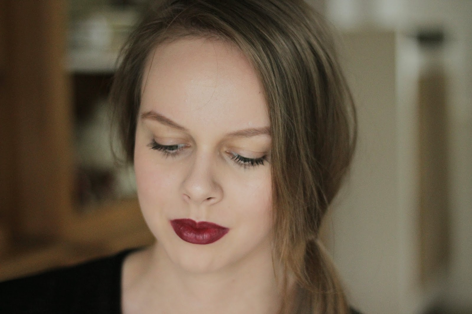 review maybelline color drama intense velvet lip pencil  berry much