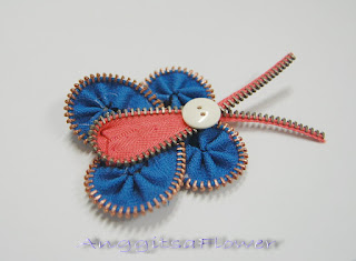 Bros Zipper / Resleting (Zipper Butterfly Brooch)