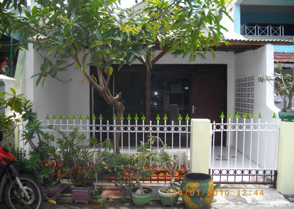 Rumah Disewakan Ketintang Baru Surabaya