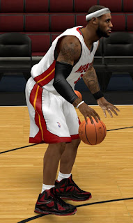 NBA 2K13 Nike Lebron X Shoes (Red & Black)