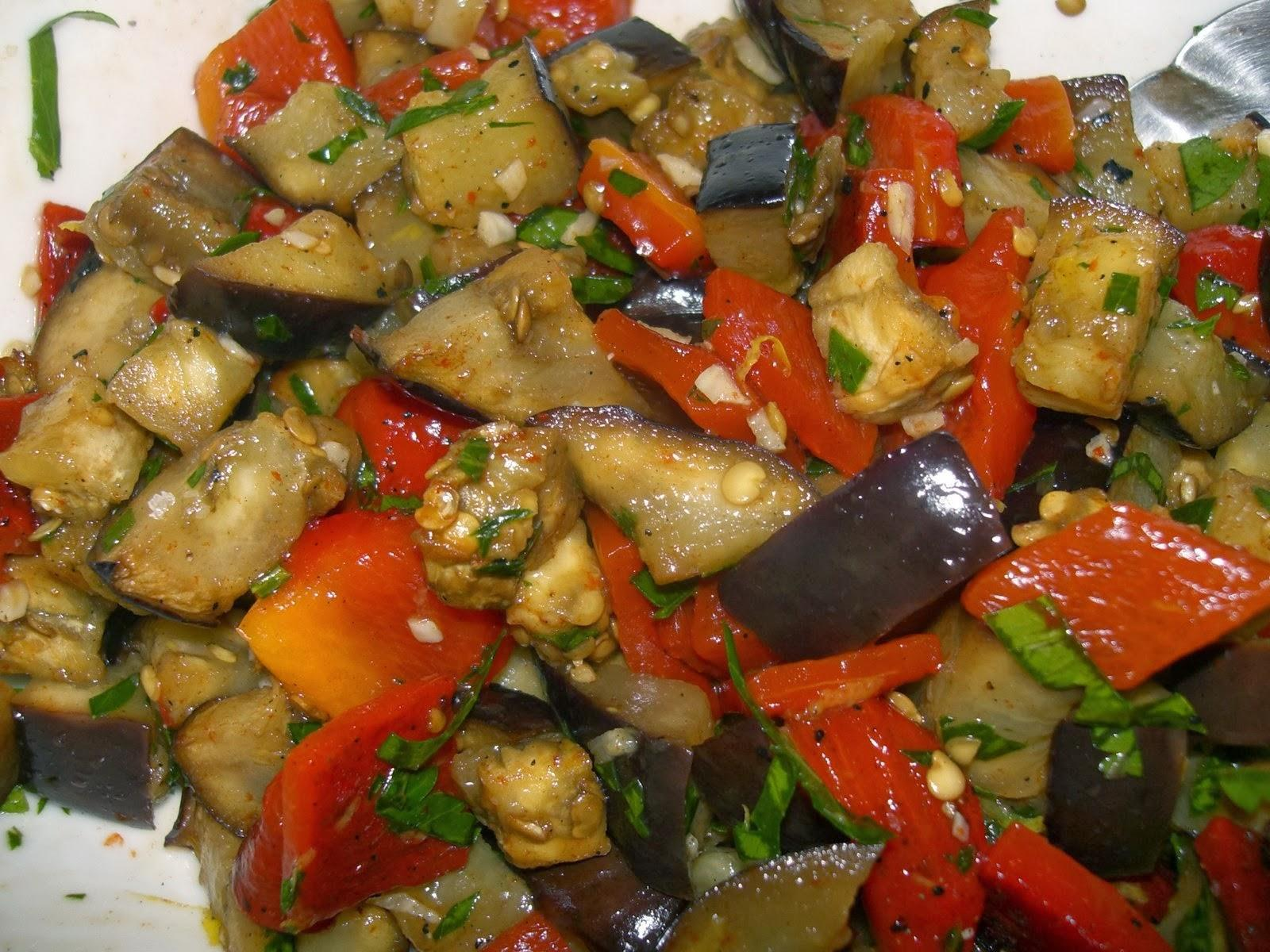 Рецепты салатов из баклажан с
