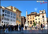 Piazza-della-Rotonfa-Roma