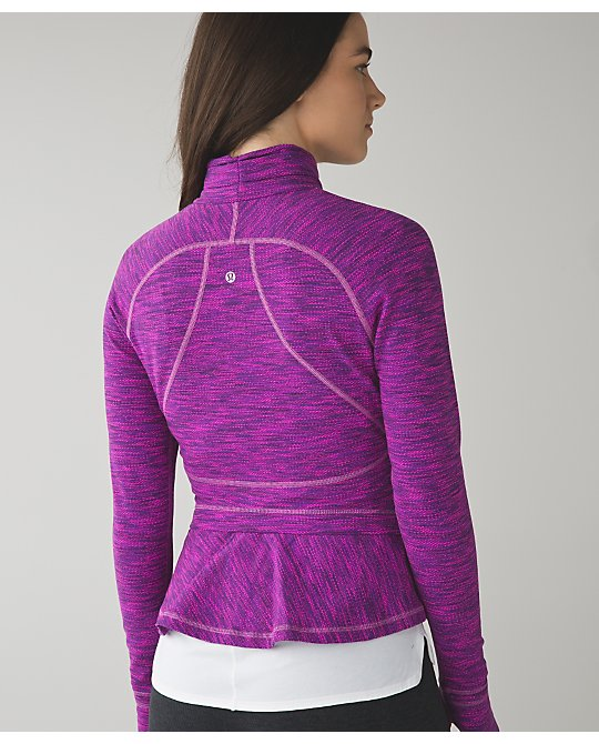 lululemon-hustle-in-your-bustle jacket