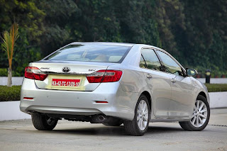 new toyota camry rear view