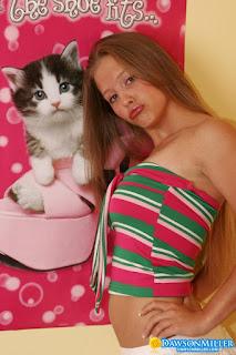 Nude Art - rs-Hello_Kitty_dawsonmiller_hello_kitty_010-782892.jpg