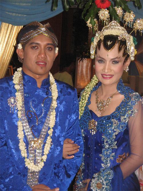 Dita dan Dharu