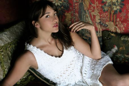 Fernanda Hot Mexican Model