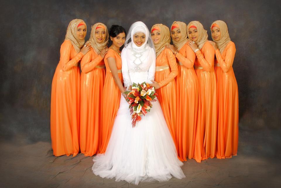 Maldivian Hijabs Bride And Bridesmaid Dresses