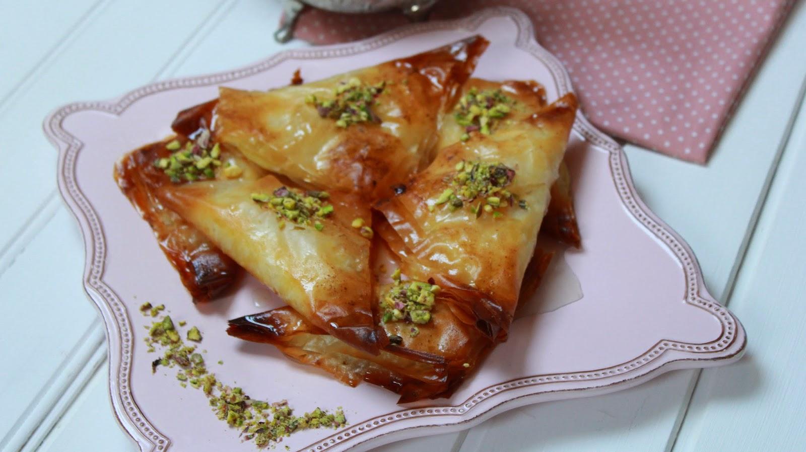 Operaci n pastelito dulces rabes con pasta filo y crema - Que hacer con la pasta filo ...