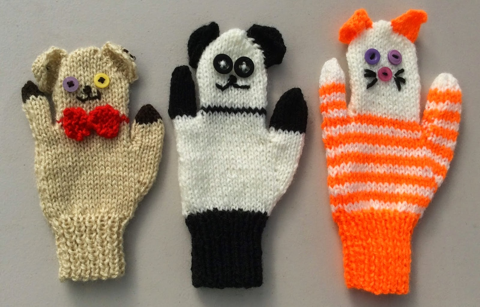 bitstobuy: New fun knitting pattern for Child Animal Puppet Mittens