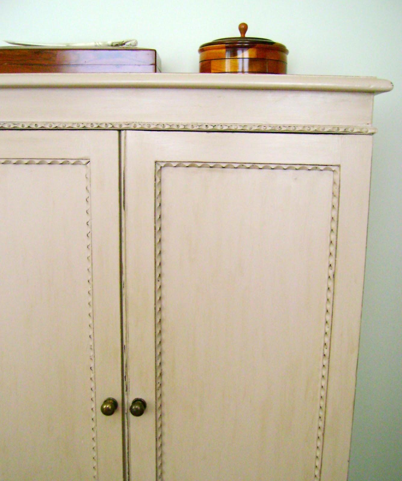 El taller de chlo nude para un armario de ropa blanca - Armario ropa blanca ...