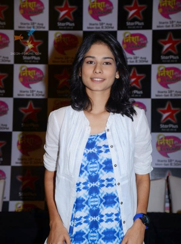 Aneri Vajani HD Wallpapers Free Download