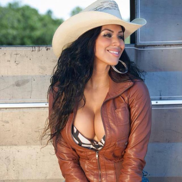 Tania Reza desnuda Revista Playboy México Enero 2016 [FOTOS] 4