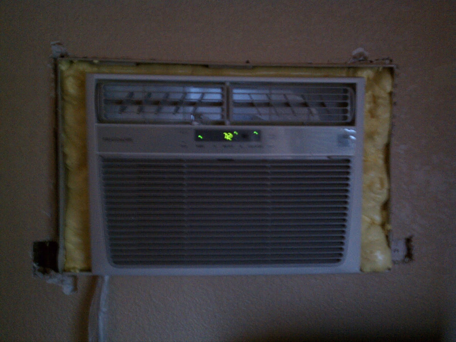 The Orange Jeep Dad blog.: Wall Air Conditioner Install and Trim #62A12A