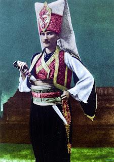 Mustafa Kemal Yeniçeri Kıyafetleriyle