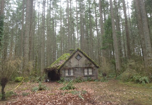 South waterfront blog grimm filming locations in portland for Cabin in the woods oregon