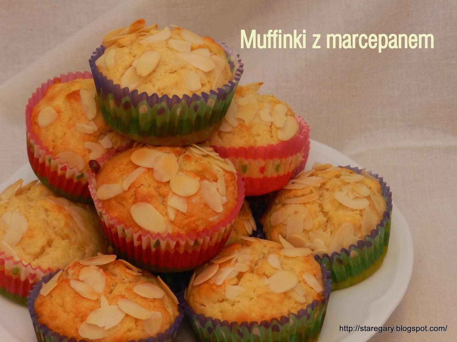 Muffinki z marcepanem