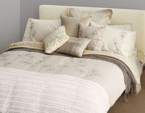 Top Domestications Catalog Authority Home Fashions Wallpapers