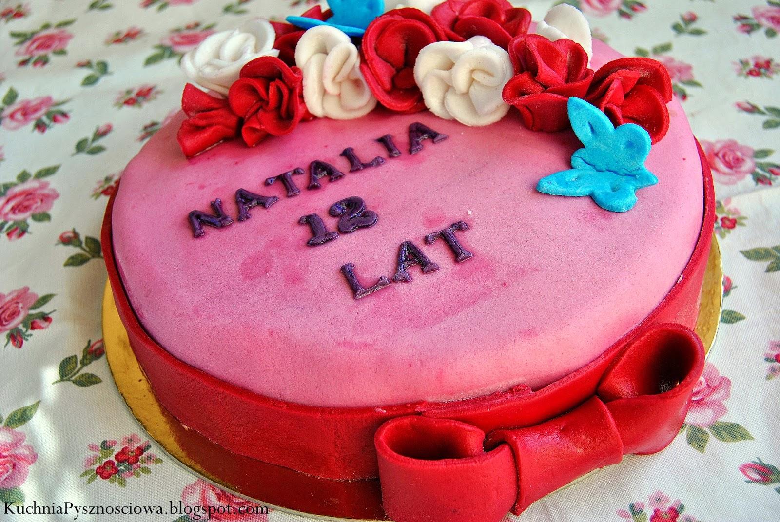 Różowy tort urodzinowy dla dziewczynki
