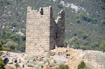 Σε καλό δρόμο η αποκατάσταση των δύο αρχαίων πύργων στα Αιγόσθενα