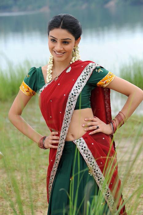 shobana actress pics