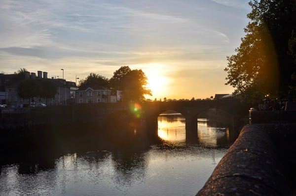 Irland 2014 - Tag 1 | Abendspaziergang in Limerick | Sonnenuntergang am River Shannon