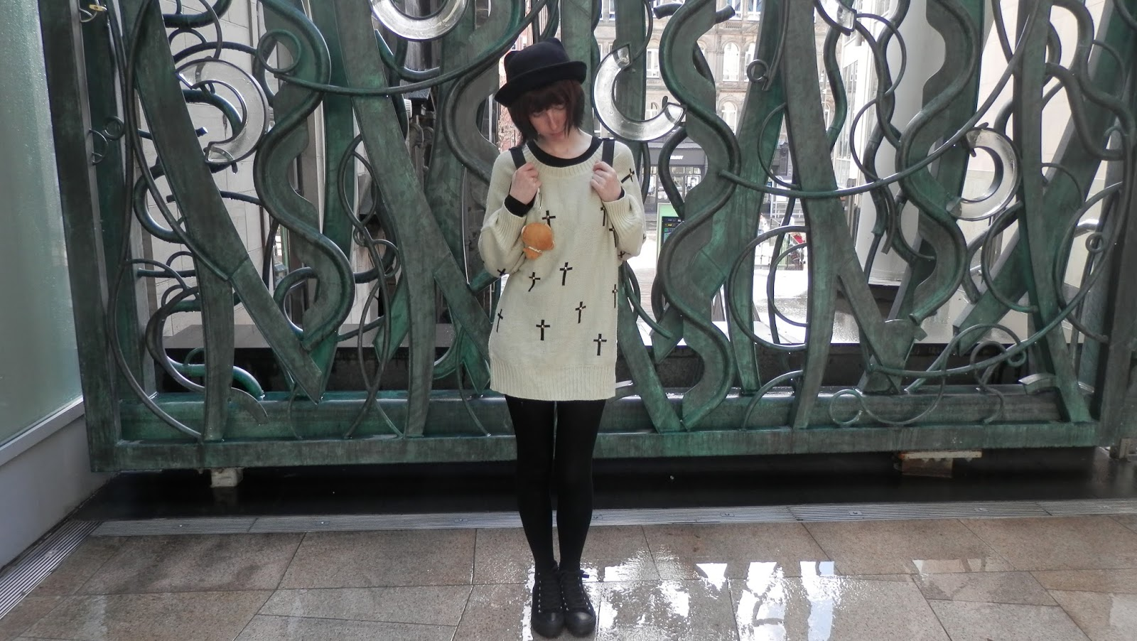 Ear Bowler Hat And Cross Jumper OOTD WIWT