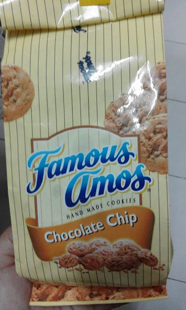 Famous Amos l Hand Made Cookies
