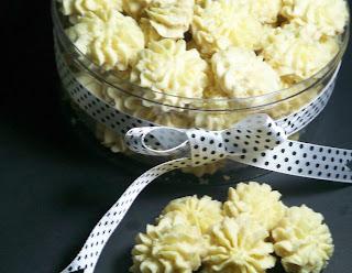 Resep Cara Membuat Kue Sagu Keju Khas Lebaran Unik Renyah
