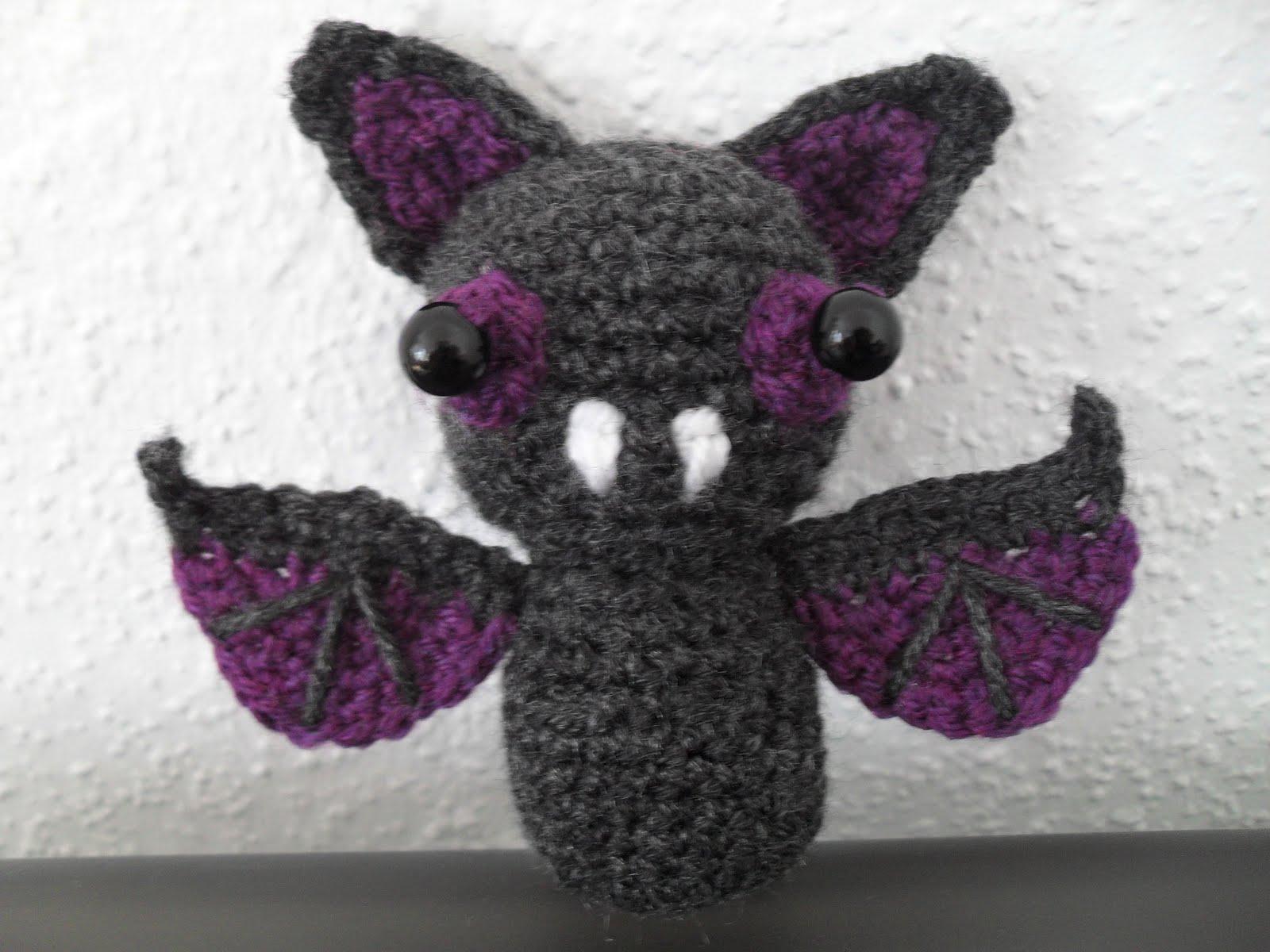 Make Amigurumi Bat Crochet : Wonderland of Ash: Sonar the Bat