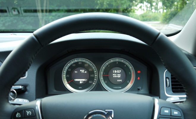 Volvo S60 DRIVe instruments