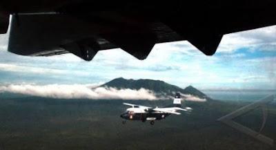 Cassa NC212 Milik TNI-AL Laksanakan Terbang Formasi Di Atas Samudra Indonesia
