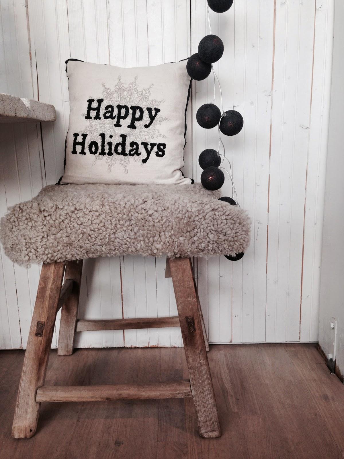 myhome og len m bel happy holidays. Black Bedroom Furniture Sets. Home Design Ideas