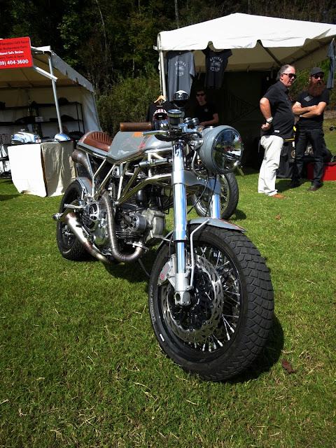 Custom Ducati Supersport