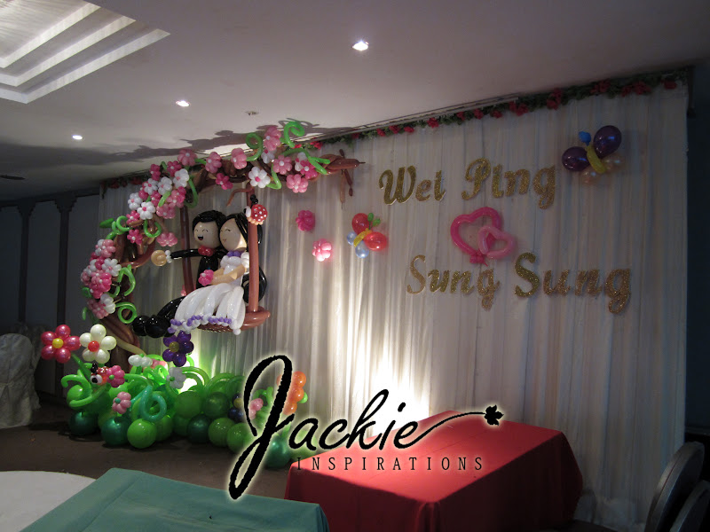 Balloon decorations for weddings birthday parties balloon balloon wedding decoration lok tian restaurant kuching junglespirit Image collections